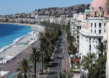 "Cannes: you resist to the exceptional charm of the ""Cote d'Azur""?"